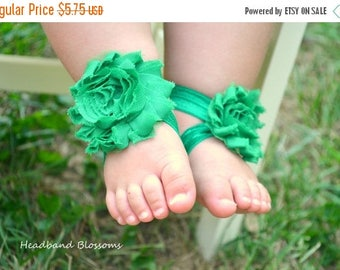 SALE Adorable EMERALD GREEN Barefoot Sandals - Baby Shoes - Frayed Chiffon Flower Sandal - Newborn Baby Photo Prop 1st Birthday - Christmas