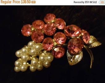 On Sale Vintage Pink Rhinestone & Faux Pearl Brooch 1950's 1960's Collectible Pin Jewelry Mad Men Mod Mid Century