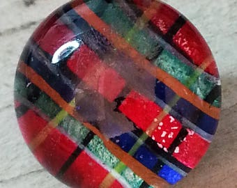 Superb Antique Kaleidoscope Glass Button ~ 1840s Red Blue Green Tartan Plaid Design Under Glass DUG Button ~ 1/2 inch 13mm ~ Grammys Buttons