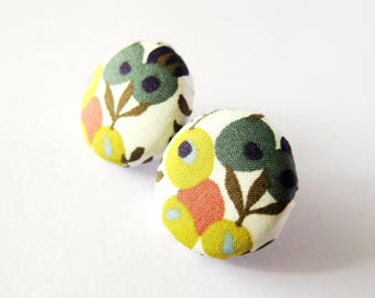 Fabric covered button earrings in floral pattern, beige, olive green, dark green, terra-cotta