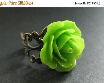SUMMER SALE Apple Green Rose Ring. Green Flower Ring. Adjustable Ring. Filigree Ring. Flower Jewelry. Handmade Jewelry.