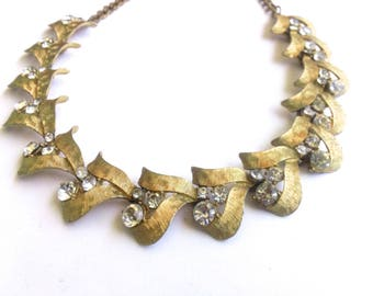 Signed ART Rhinestone & Gold Metal Choker Necklace Vintage Retro Fashion Jewelry