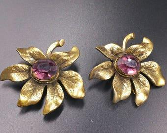 1940's Purple Rhinestone Fur Clip Pair, Flower Fur Clips, Foiled Rhinestones, Vintage Clips