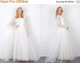 ON SALE Vintage 50s tulle lace floral Sheer long sleeve Wedding bridal gown formal full 4313