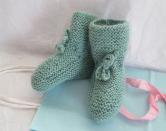 Hand Baby Booties Wool Size 3M to 6M Ready to ship