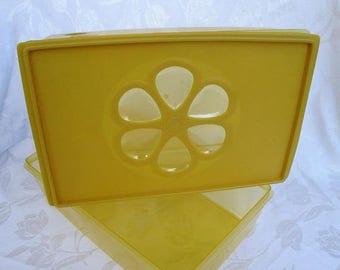 SALE 50% OFF Rubbermaid Harvest Gold Storage Containers 6 Quart, Rare~Kitchen Storage