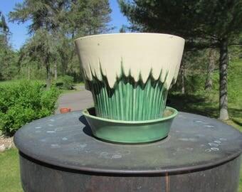 Green Drip McCoy Planter USA