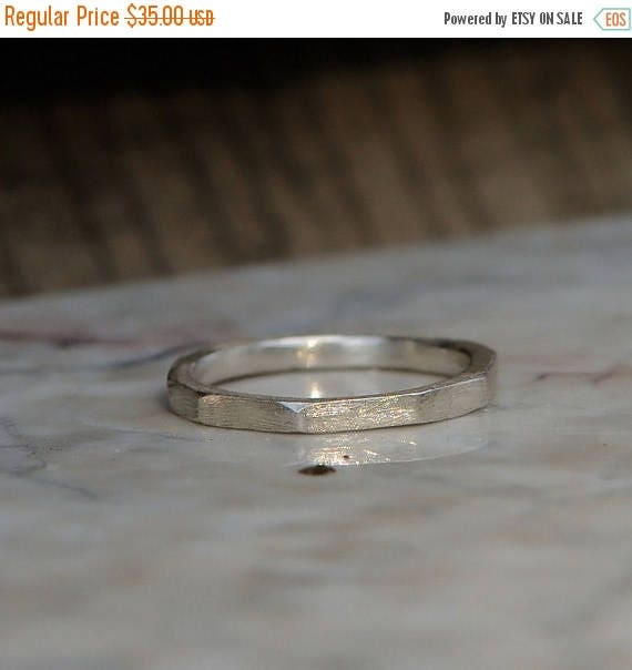 ON SALE Fine Silver Ring - Carved Geometric Band
