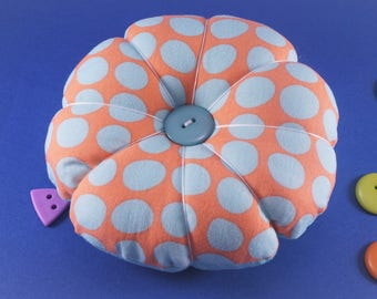 Large Retro Pincushion, Retro Flower Pincushion, Reversible Pincushion, Pin Cushion with Decorative Pins