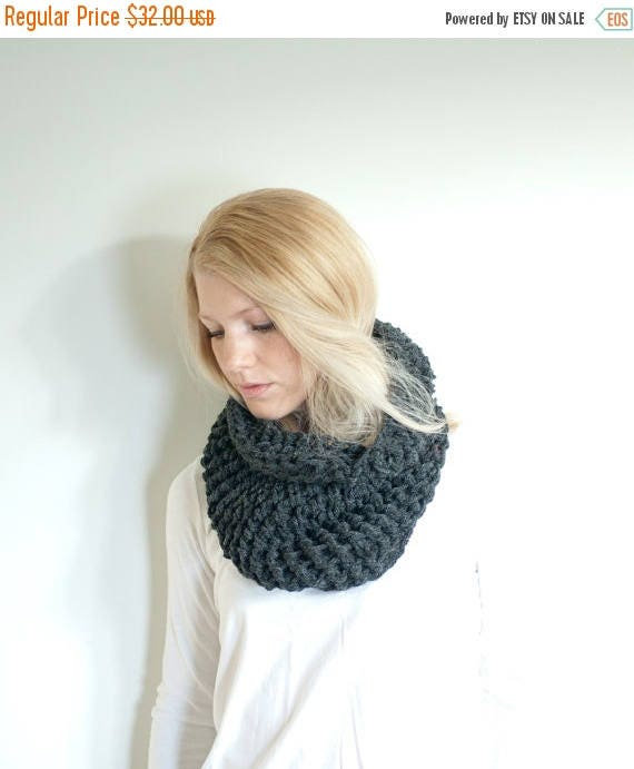 SPRING SALE The BARNWELL cowl - Chunky Cowl Neckwarmer Scarf - Charcoal - Wool Blend