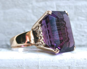Massive Vintage 14K Yellow Gold Amethyst Ring Engagement Ring - 75.00ct.