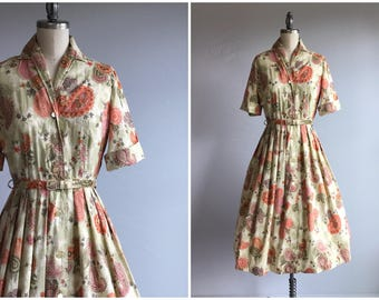 Vintage 1950s Dress / 50s Paisley Floral Print Cotton Shirtdress with Pleated Circle Skirt and Belt