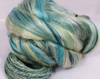 Minty Spritzer -( 4 oz.)  Custom blended top - Mint Fiber/Superfine Merino/ Mulberry Silk/ FLAX  ( 25/25/25/25 )