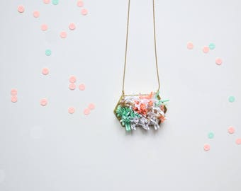"Statement Necklace long or short Shells Coral effects, Coral, Mint Green, Golden, White ""Corail """
