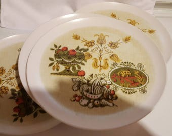 Allied Chemical Melamine Plates, Set of 6, Harvest Pattern