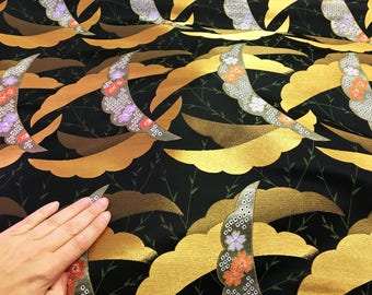 Japanese kimono fabric in golden black brocade, kimono fabric, Japanese fabric, wall decoration, quilt fabric, japanese fabric