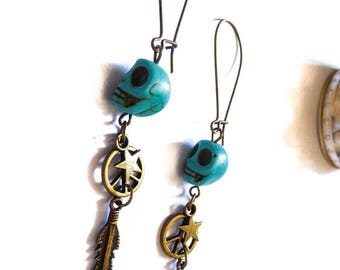 Bronze earrings with turquoise skull feathers Indian boho Chic
