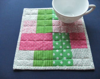 Quilted mug rug, Pink and Green Candle Mat, Birthday Gift for Her, Grandmother Gift,  Teacher Gift, Gift for Mom, Mini Quilt, Mug Mat