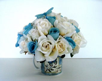 Special Occasion gift mug, Butterfly floral arrangement, Anniversary celebration, Retirement gift arrangement, Gift for women (GN152)