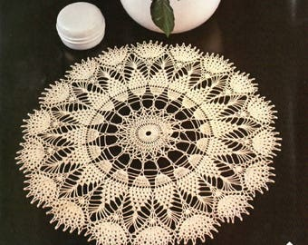 "Vintage Crochet Doily Pattern ""Fireworks"" From Magic Crochet No. 17"