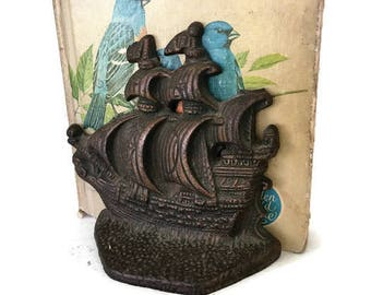 Vintage Brass Tone Metal Ship Bookend, Spanish Galleon, Nautical Decor, Pirate Ship