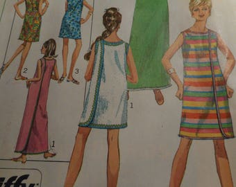 Vintage 1960's Simplicity 7572 Wrap-Around Dress Sewing Pattern Size Small 8-10, Bust 31.5-32.5