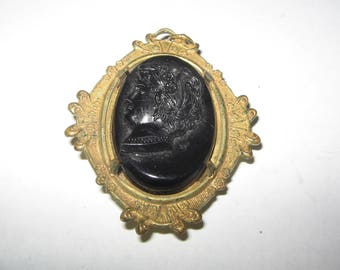 Old Black Glass Cameo Locket Pin Brooch Vintage Costume Jewelry #613