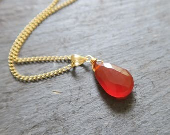 Carnelian Pendant Necklace | Carnelian Drop Necklace | Orange gemstone Necklace | Carnelian Jewelry | Carnelian Jewellery |