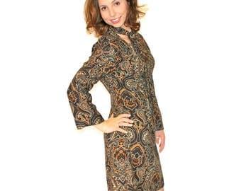 Vintage Necktie Dress. 1960s Brown Floral Dress. Mad Men Fashion. Size Medium Petite. Chocolate Caramel Brown.