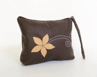 ON SALE Brown Leather Clutch Bag, Boho Chic Wristlet Bags, Fashion Trendy Pouch, Weekend Casual Purse, Cosmetic Purses, Cosmos