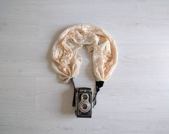 Camera strap Luxury camera strap Cream lace camera strap Scarf camera strap DSRL camera strap Lace and dots camera strap Camera accessories