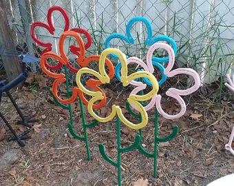 Horseshoe Sunflower Garden Art