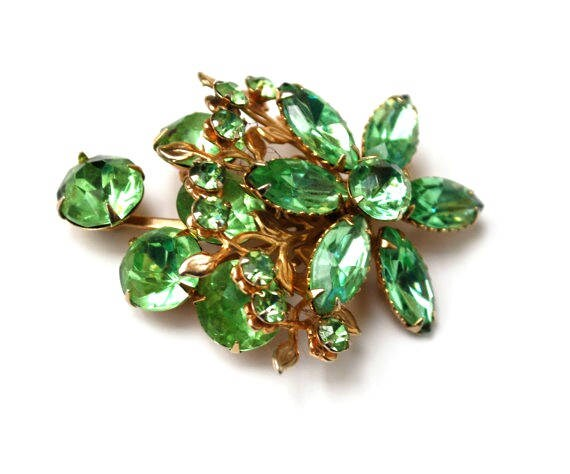 Rhinestone Flower  Brooch - Prong  Green Glass rhinestones  - gold tone metal pin -Mid Century - Floral Pin