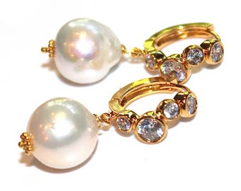 Cream Baroque Pearl Earring Simple Pearl Large Pearl Earring Pave Earring Baroque Pearl Earrings Pearl Jewelry Artisan Jewelry