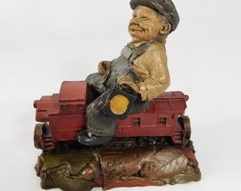 Tom Clark Gnome, CAB Riding the Caboose, Signed Train Series, 1986, Pecan Resin, Cairn Studios, Acorns, Good Luck Souvenir