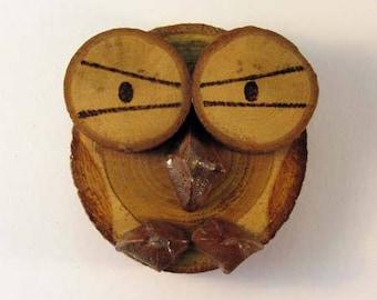 OWL magnet in chestnut (ref.43 - 15)