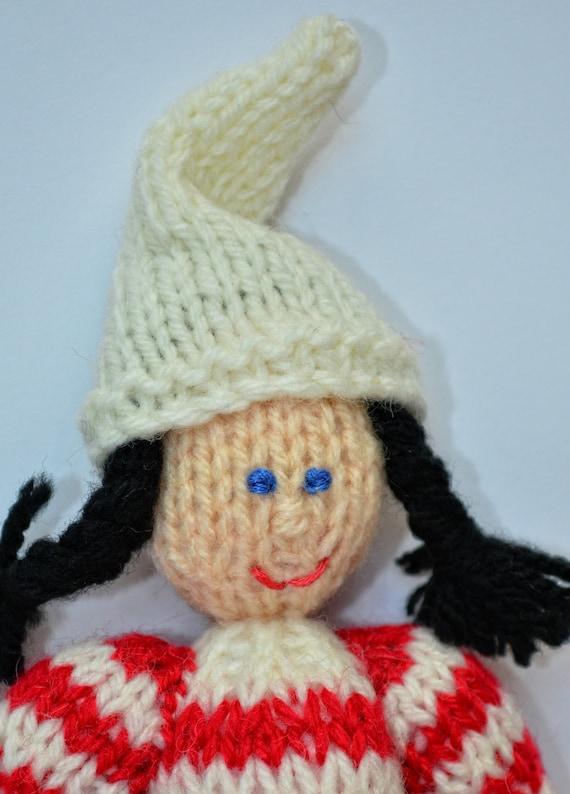 christmas elf toy knitting pattern  doll knitting pattern
