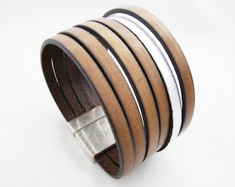 cuff brown leather and silver with clasp