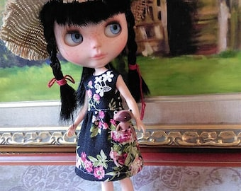 Black floral pocket dress for blythe and similar size dolls