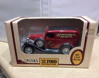 Ertl 1992 Anheuser Busch '32 Ford Panel Delivery Bank Budweiser DieCast NEW
