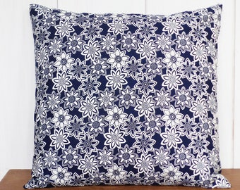 Cushion - 40 x 40 cm - fabric flowers print Navy Blue and white