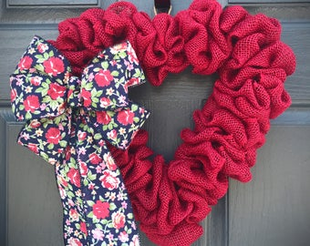 Red Heart Wreath, Love Gift, Valentines Day Wreaths, Heart Decor, Gift for Her, Red Heart Decorations, Love, Heart Gifts, Red Hearts