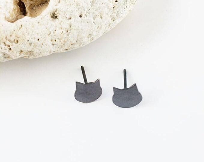 cute cat earrings - silhouette cat earrings - oxidized silver cat earrings - tiny cat earrings - small cat earrings - simple cat earrings