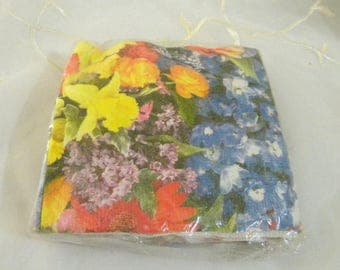 Summer Sale Hallmark Floral Napkins, New Old Stock in Upopened Package,Daffodils, Lilacs, Grape Hyacinths, Rannuculus, Tulips, Poppies