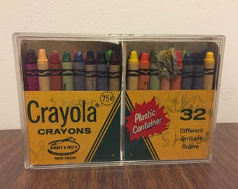 Vintage Crayola Crayons Binney & Smith Plastic Container Mid Century Crayons Drawing Coloring Children's Kids Toys Crafts Playroom Classroom