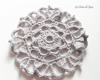 1 x round wool yarn, handmade crochet