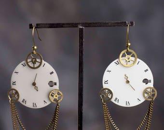 Boucles d'oreille Regina véritables cadran de montre ancienne blanc