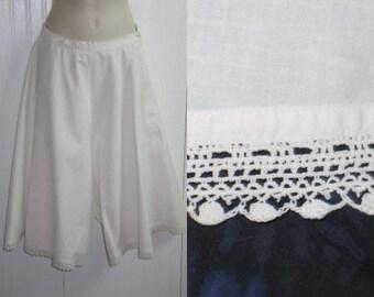 Antique Victorian-Edwardian Petticoat Bloomers-Underpants-Lingerie Crochet Lace / White Cotton