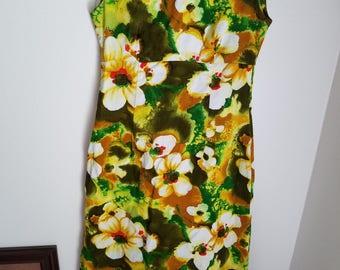 Ui-Makai Hawaiian Maxi Dress