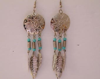 Southwestern Motif Pierced Earrings, Vintage Silver tone with turquoise color beads, dangle metal feathers, pretty design, BOHO, chiq